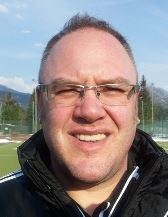 U 9 Trainer Marco Regensberger